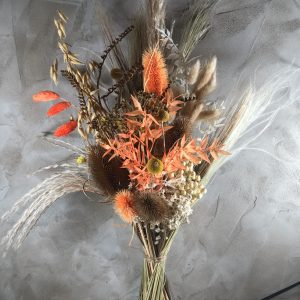 Dried flower bouquet oranges